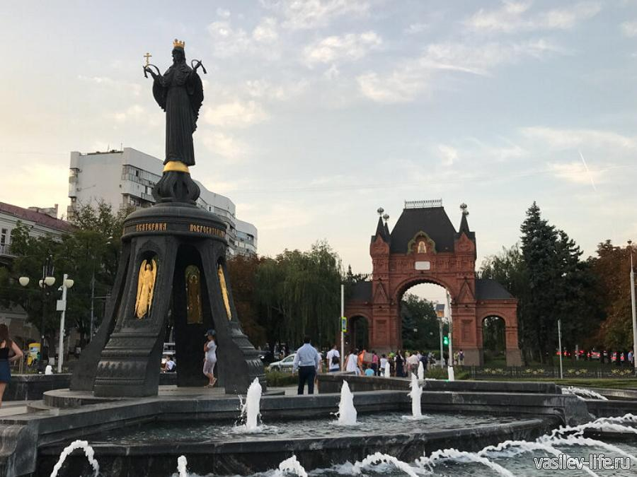 Александровская триумфальная Арка в Краснодаре