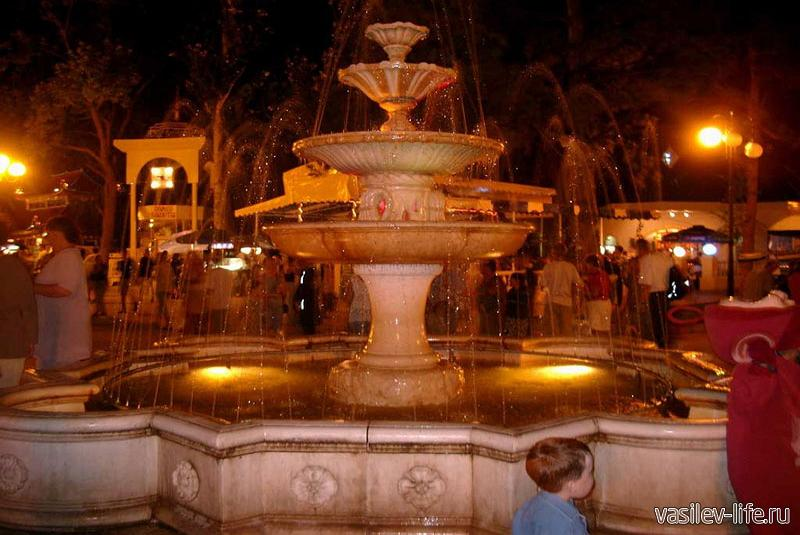 Аллея фонтанов в Евпатории 2