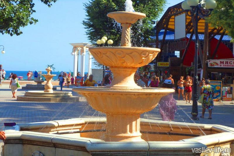 Аллея фонтанов в Евпатории 5