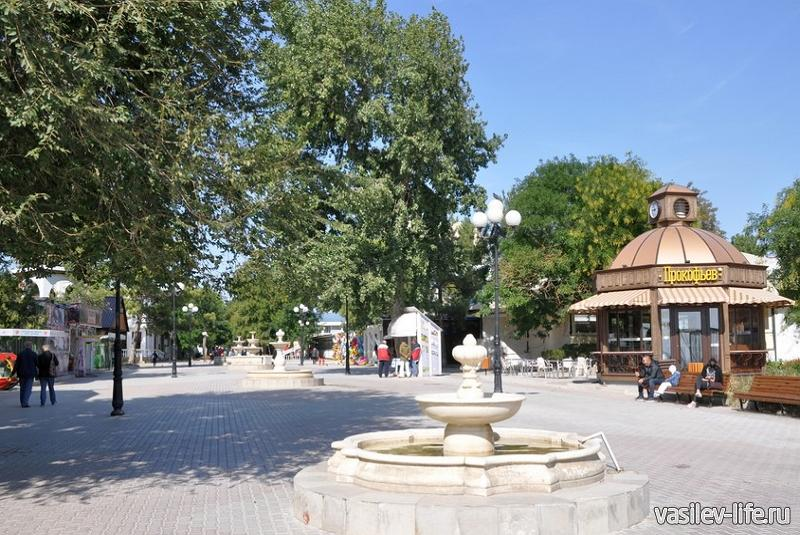 Аллея фонтанов в Евпатории6