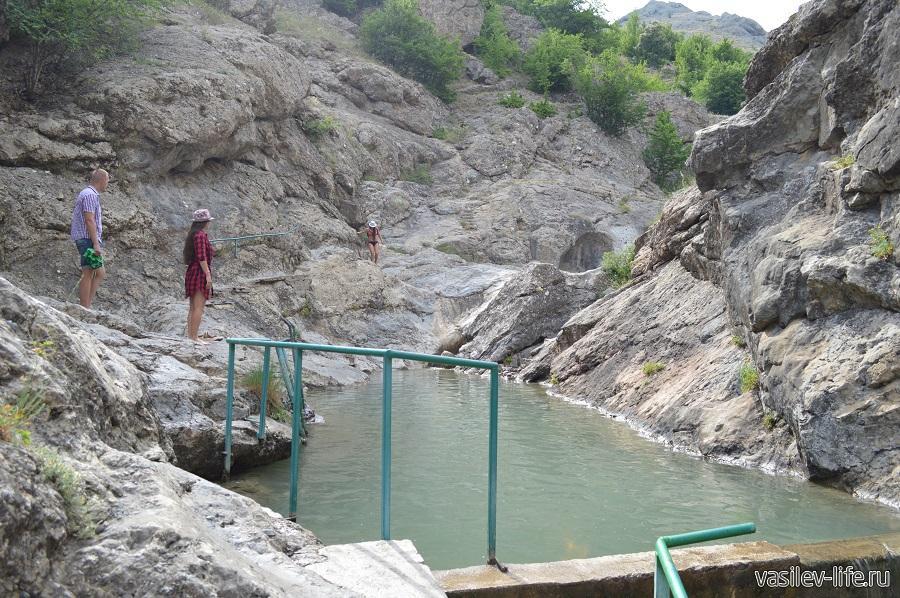 Арпатские водопады («Чаша Любви» и «Молодости»)