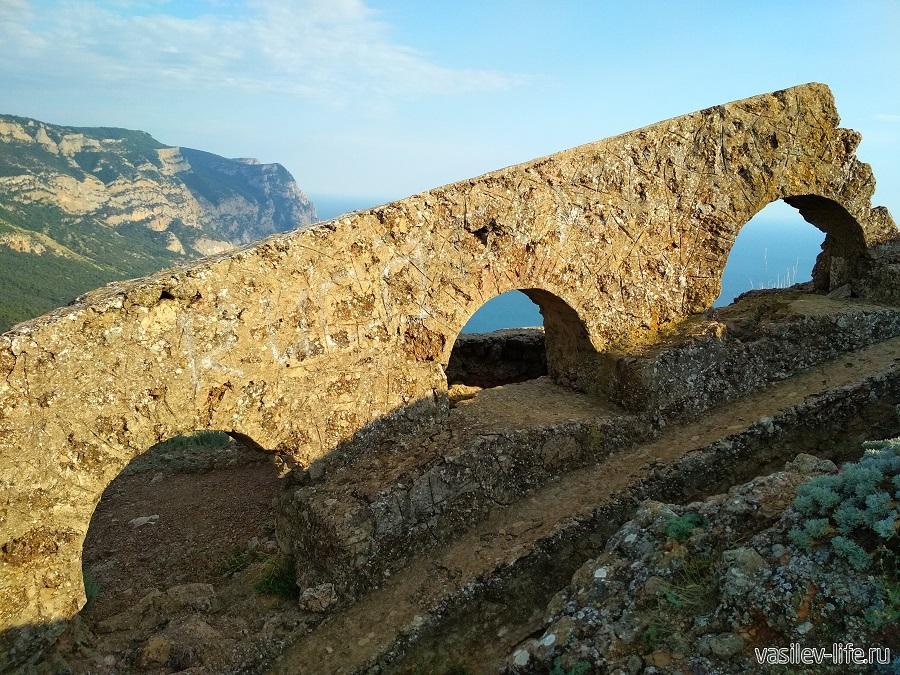Бочка смерти в Балаклаве (Южный форт) (3)
