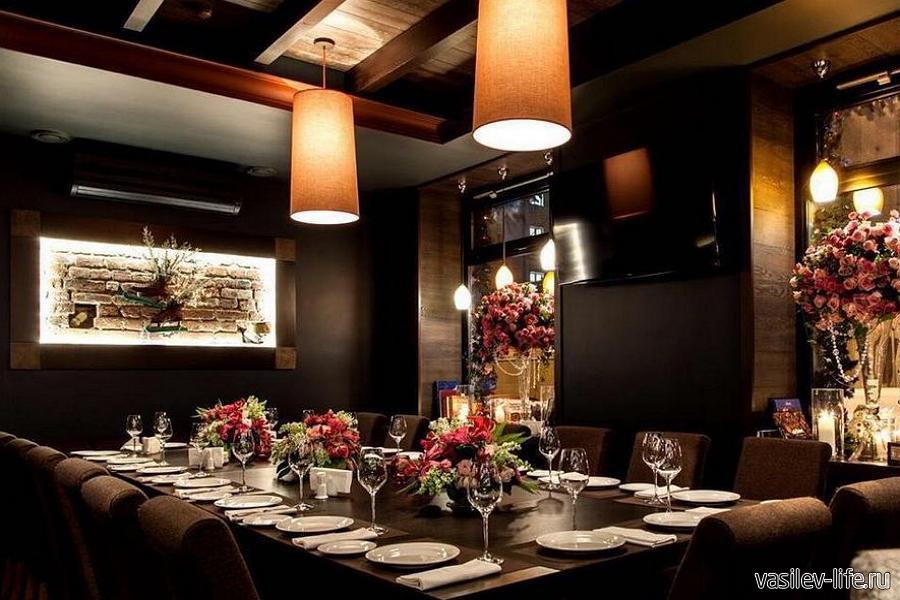 Винный ресторан-бар «Винил и Вино»