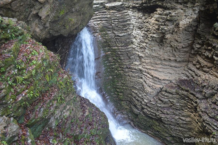 Водопады Руфабго в Адыгее (7)