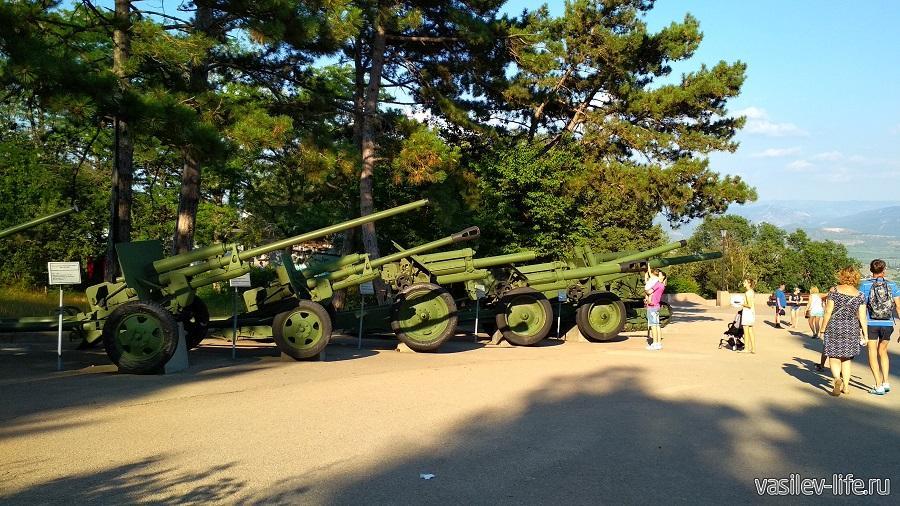 Военная техника на Сапун-горе