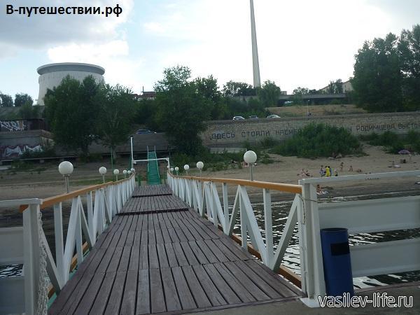Волгоград.-Вдали-виднеется-музей-панорама-Сталинградская-битва