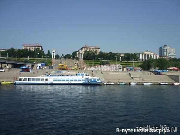 Волгоград.-Волга