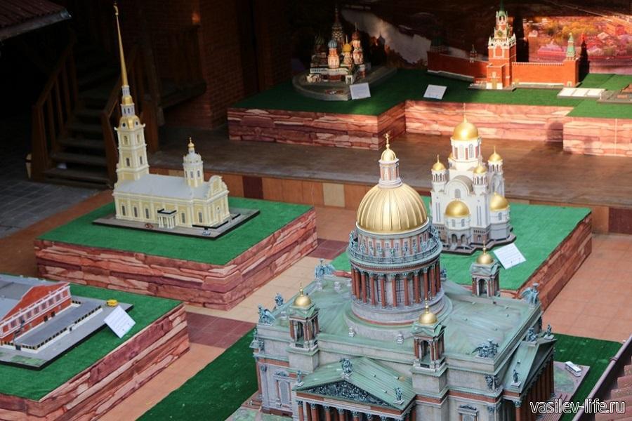 Выставка «Россия в миниатюре» в Судаке
