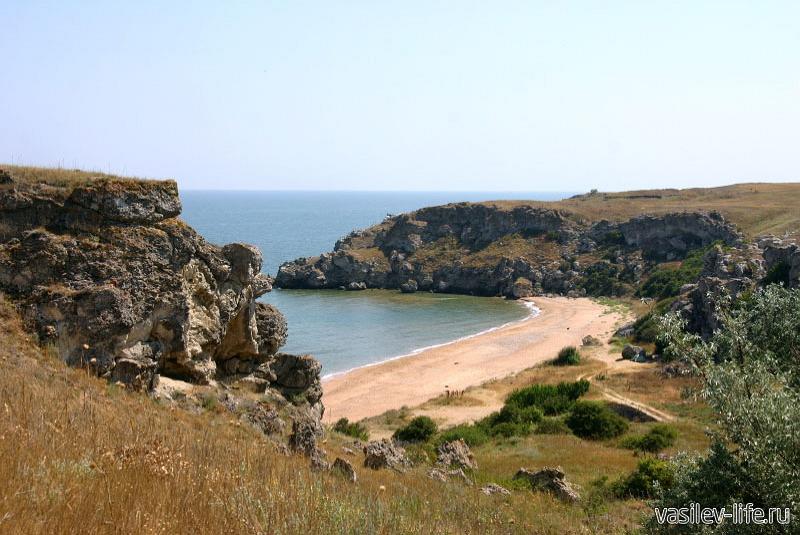 Генеральские пляжи в Керчи 10