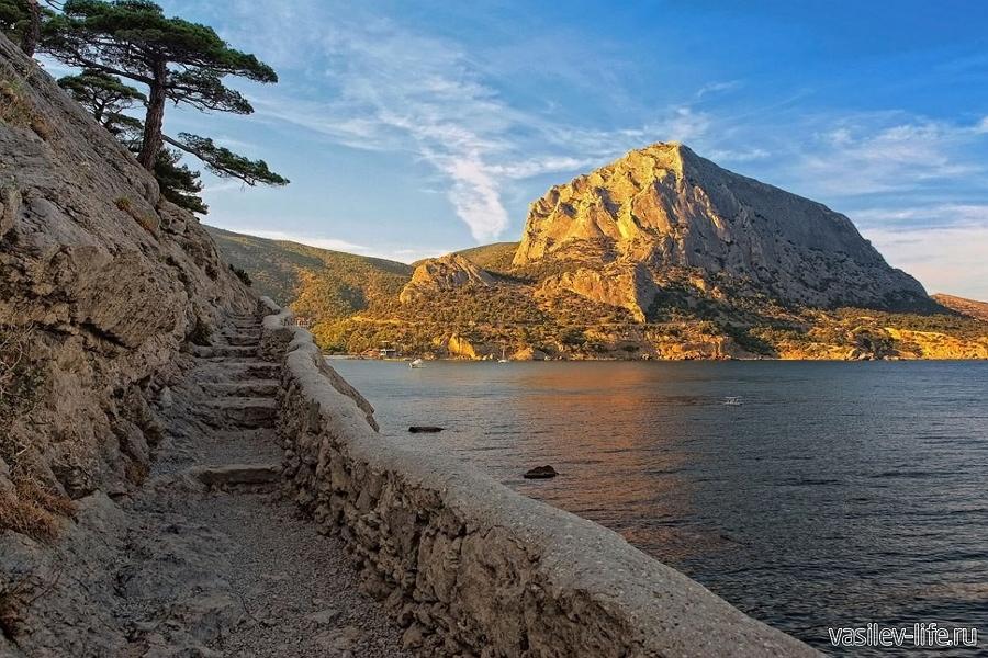 Гора Сокол, Судак