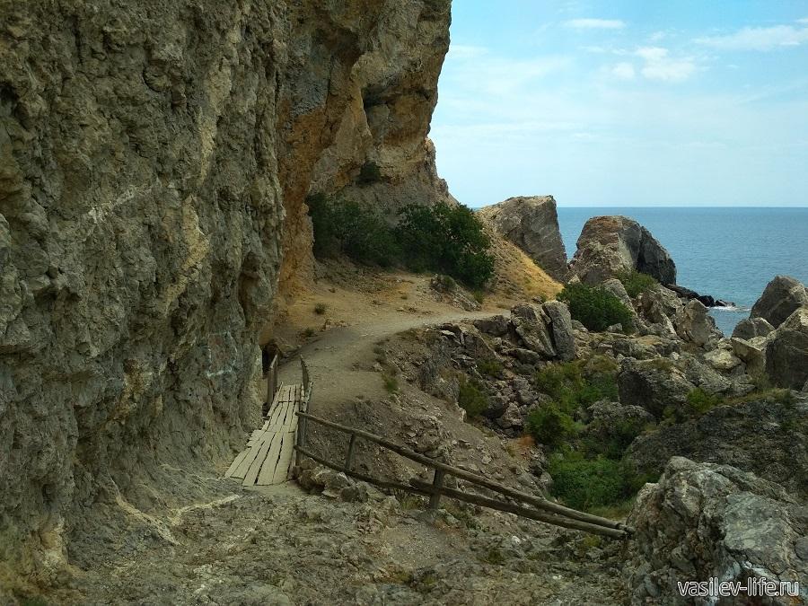 Гора и мыс Алчак-Кая в Судаке (тропа здоровья) (17)