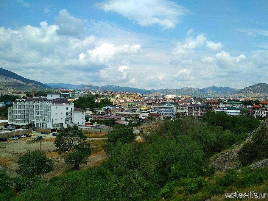 Гора и мыс Алчак-Кая в Судаке (тропа здоровья)
