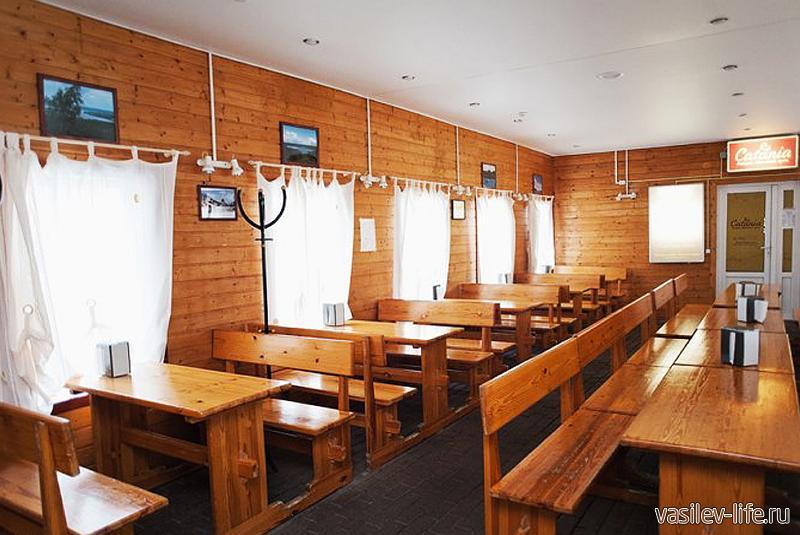 Горнолыжный курорт «Красное озеро», кафе