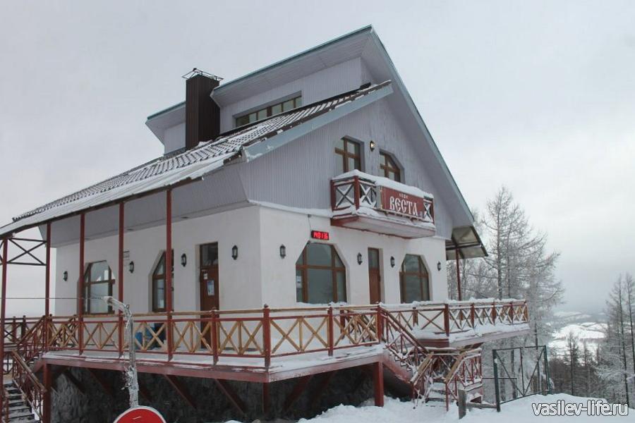 Горнолыжный курорт Абзаково, кафе