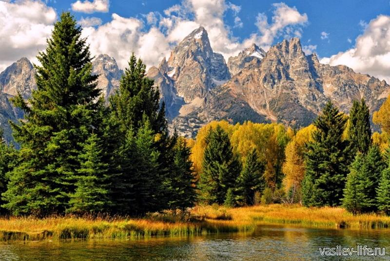 Горы Адыгеи осенью