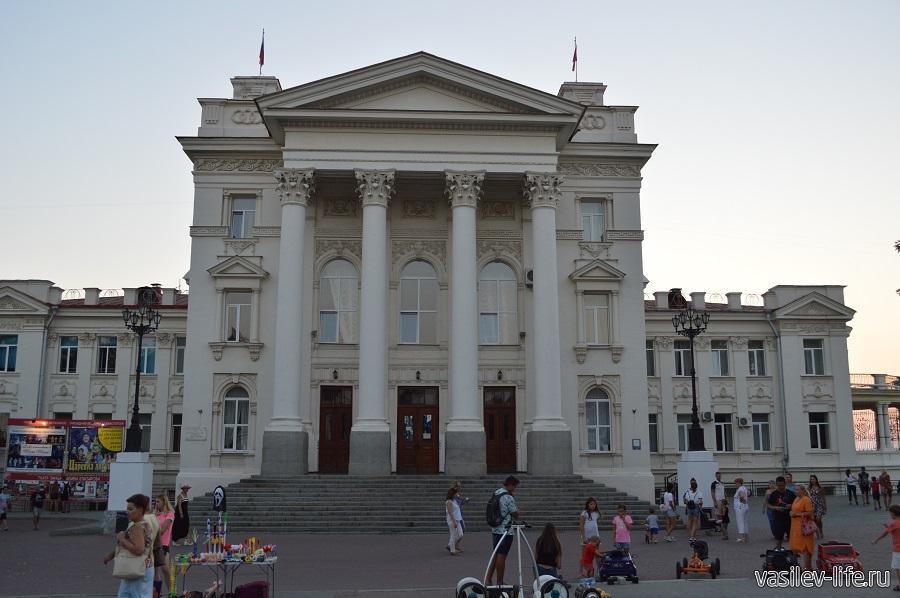 Дворец Детства и Юности, Севастополь