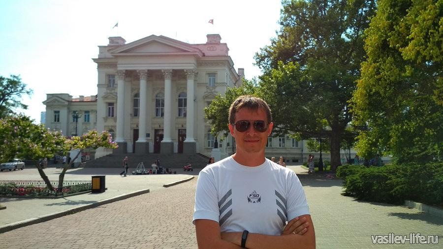 Дворец Детства и Юности в Севастополе (2)