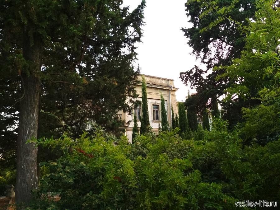 Дворец Мордвинова в Ялте (4)