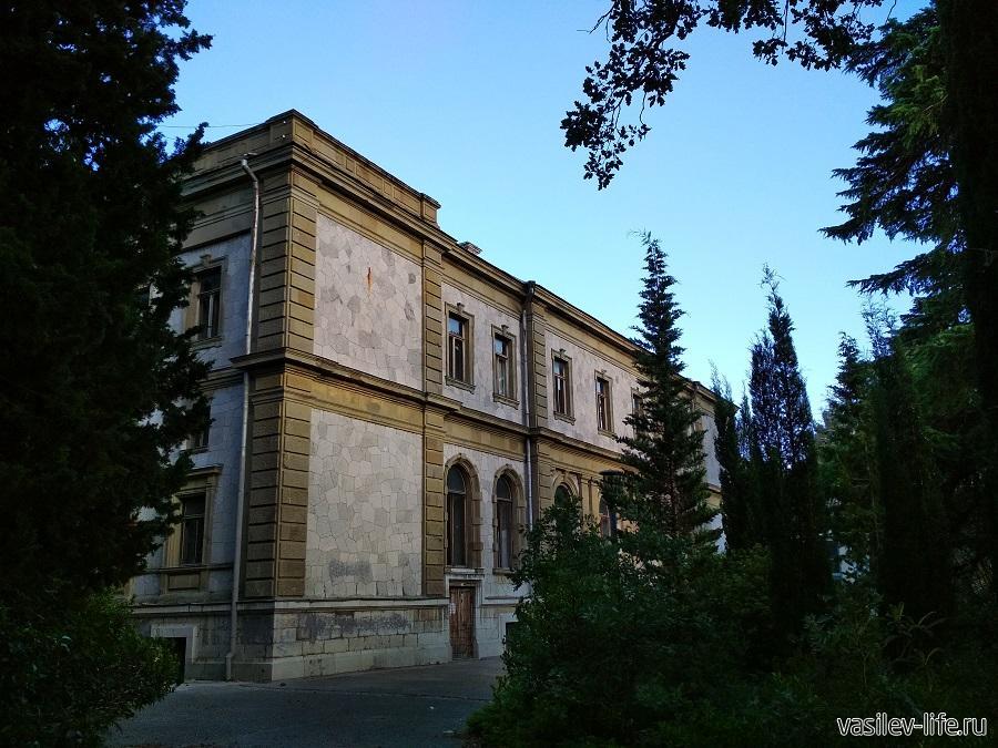 Дворец Мордвинова в Ялте (5)
