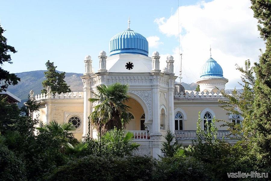 Дворец эмира Бухары, Ялта