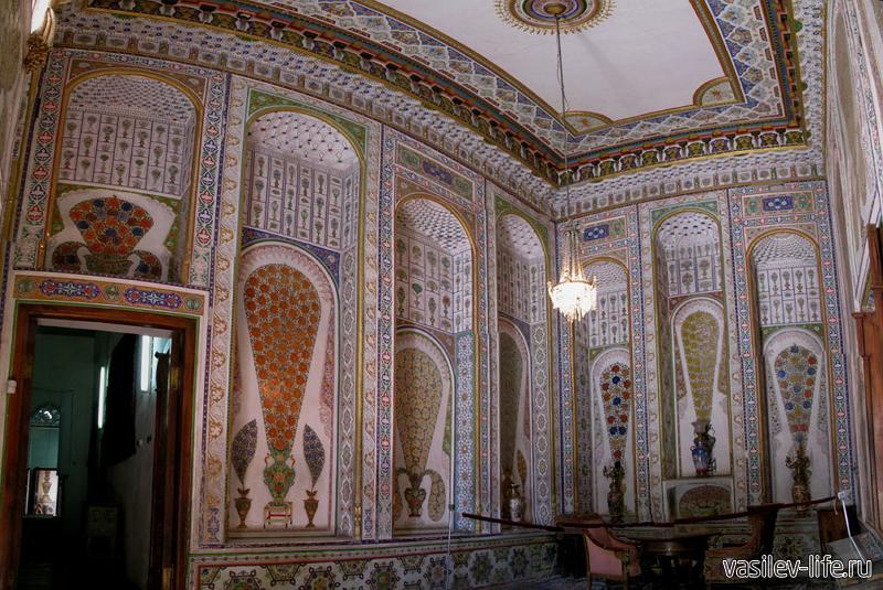 Дворец эмира Бухары в Ялте (внутри)