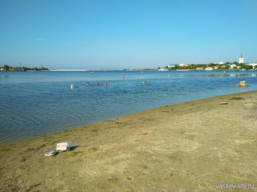 Дикий пляж Черноморского