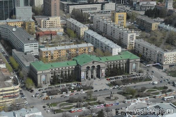 Екатеринбург-вид-с-БЦ-Высоцкий7