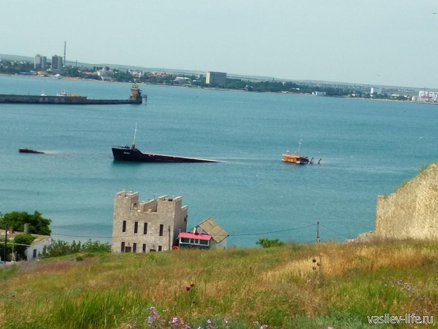 Затонувшее судно Берг