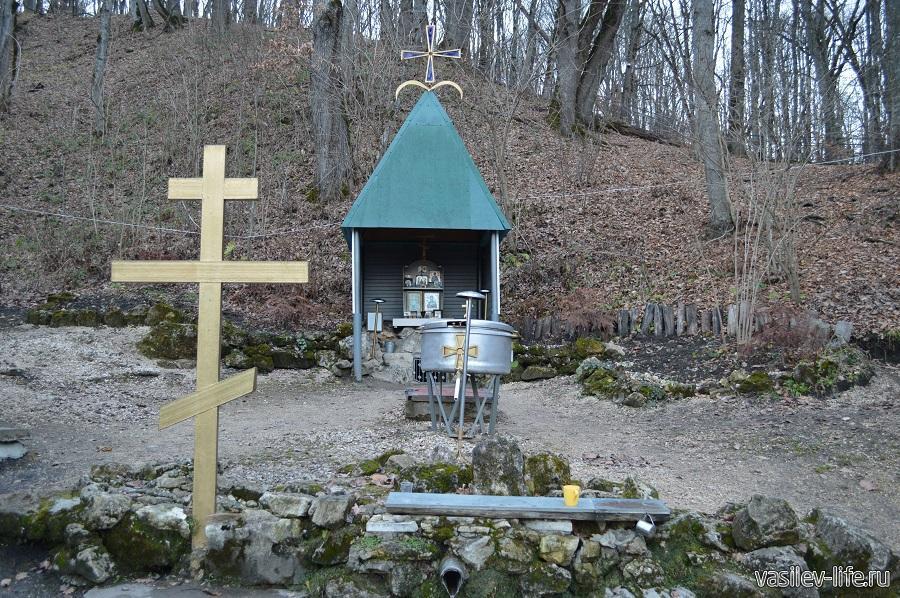 Источник рядом с монастырем (Победа, Адыгея)