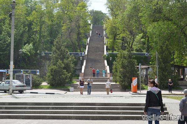 Каменная-лестница
