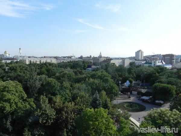 Колесо-обозрения-в-Таганроге.