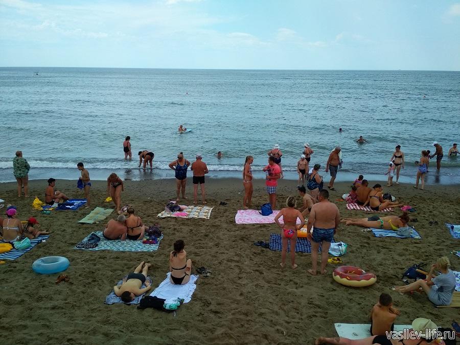 Колхозный пляж в Судаке (2)