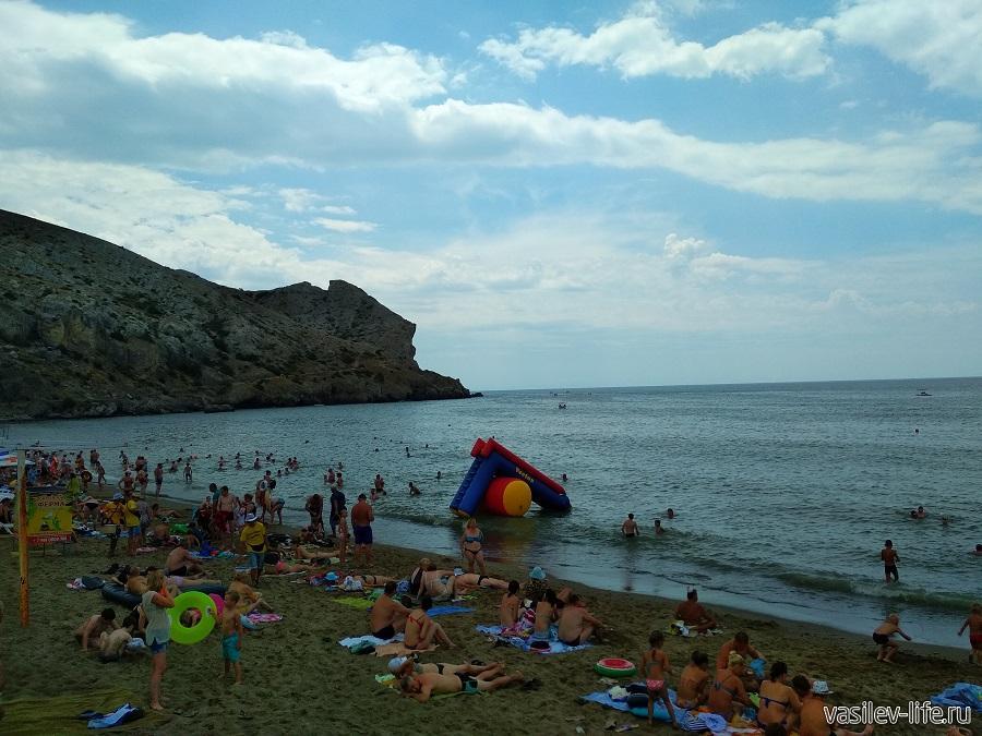 Колхозный пляж в Судаке (4)