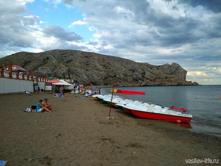 Колхозный пляж в Судаке (8)
