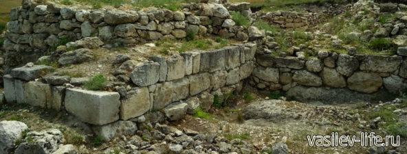 Крепость Ак-Кая у Белой скалы