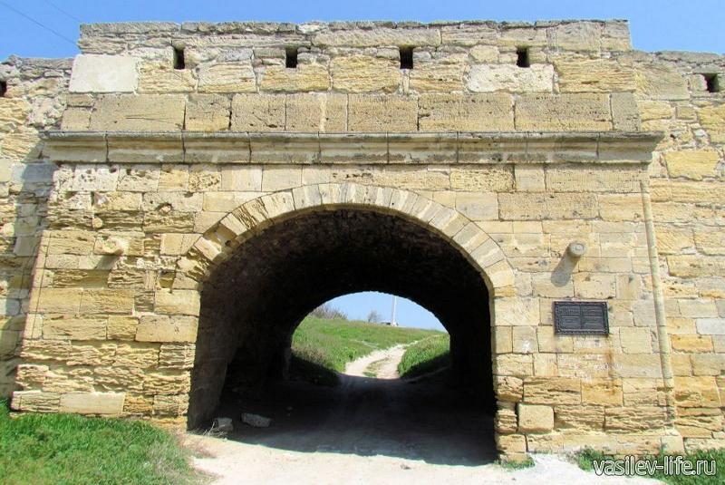 Крепость Ени-Кале 9