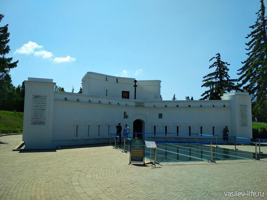 Мемориал «Малахов курган» в Севастополе