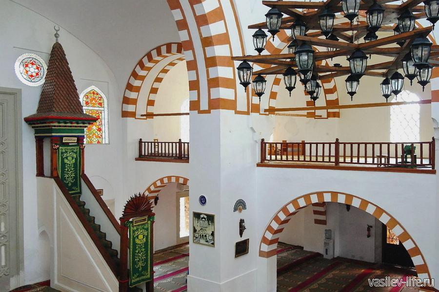 Мечеть Джума Хан-Джами в Евпатории
