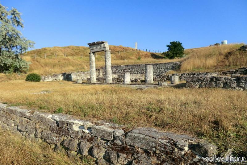 Митридат гора в Керчи (Пантикапей)