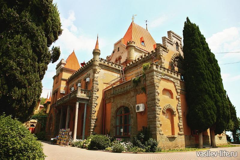 Мыс Плака дворец Гагариной