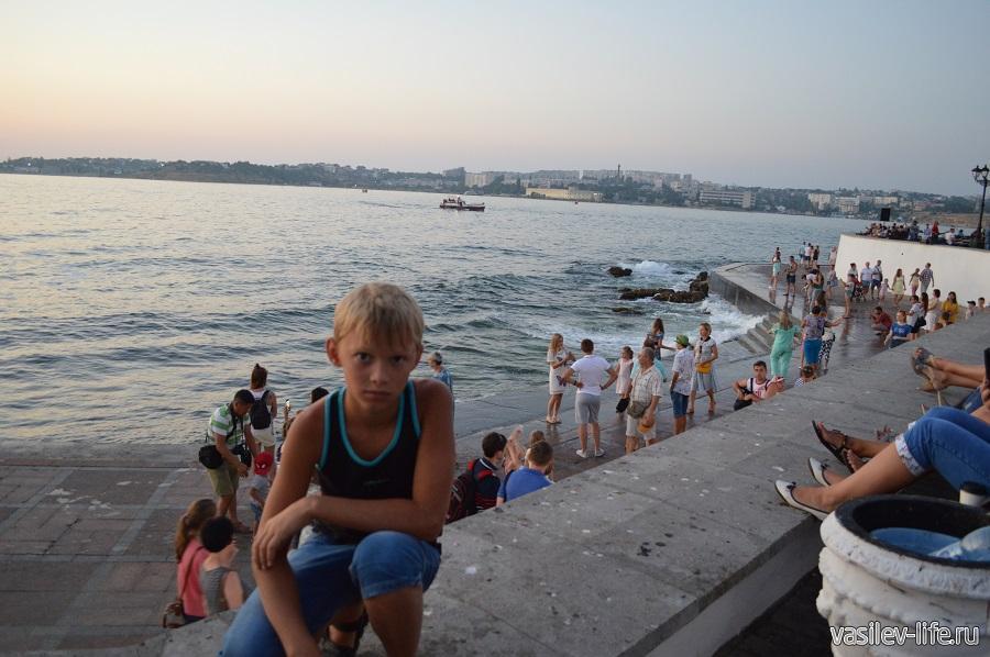 Набережная Корнилова в Севастополе (8)