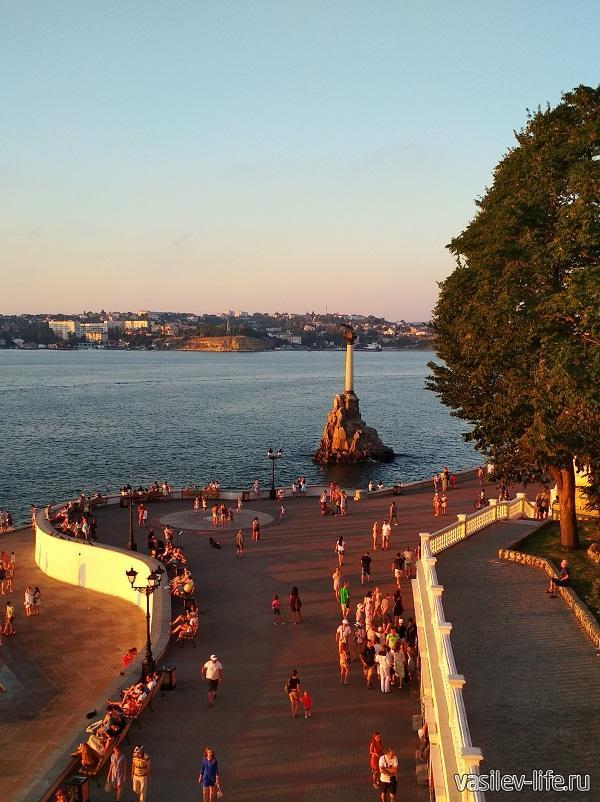 Набережная Севастополя 55