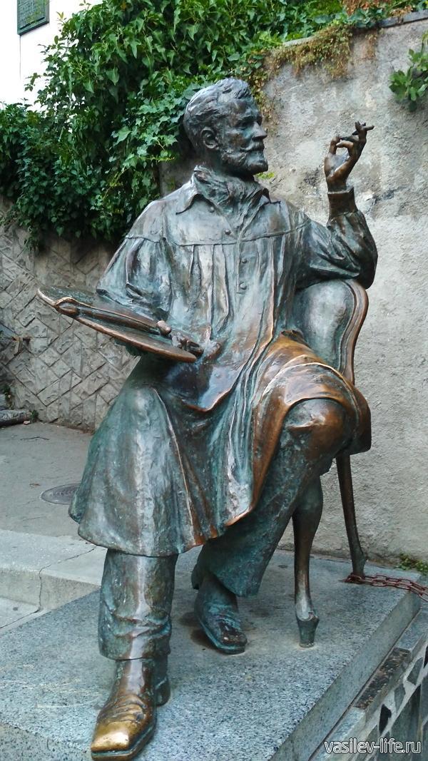 Набережная им. Пушкина в Гурзуфе, памятник Коровину