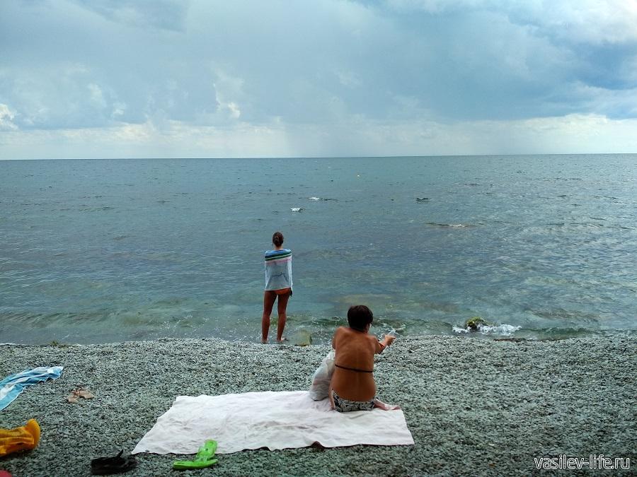 Никитский пляж в районе гостевого дома Сон у моря (4)
