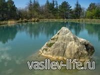 Озеро у скалы Шаан-Кая, Крым