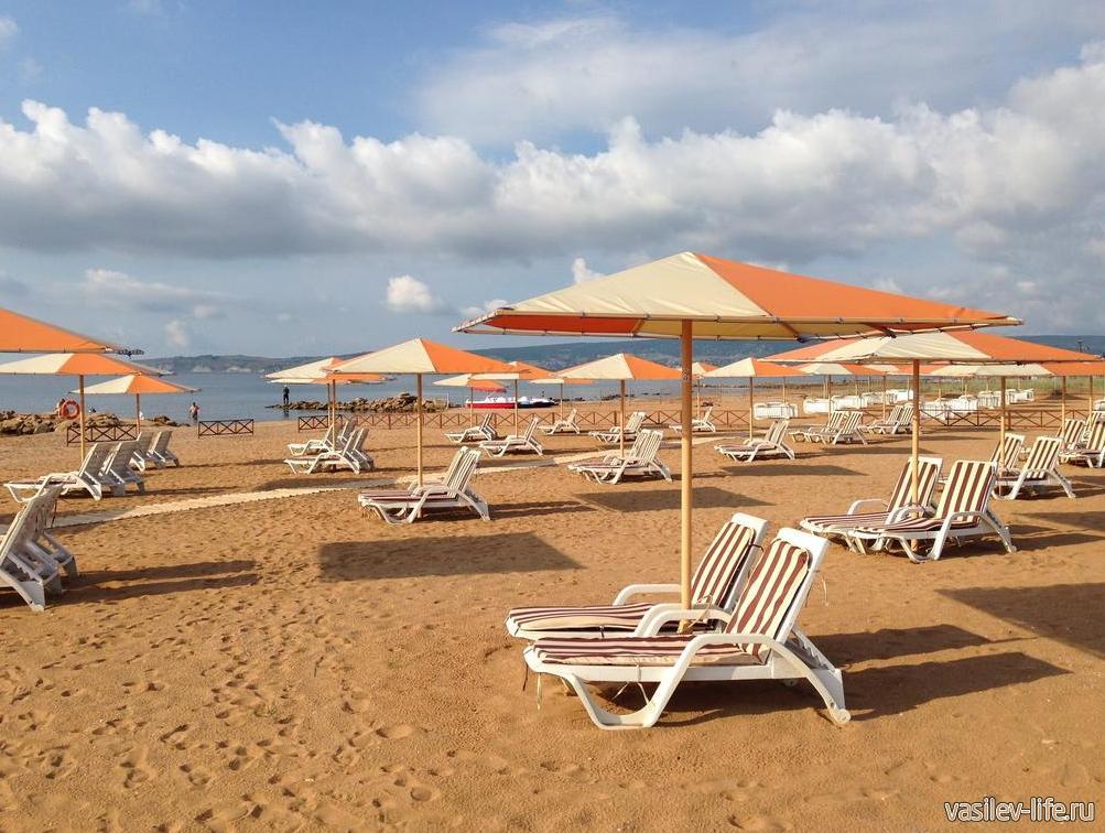 Отель «Алые паруса», пляж