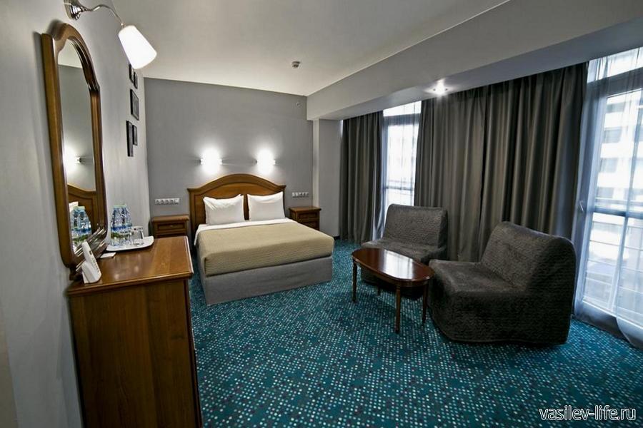 Отель «Маринс Парк»