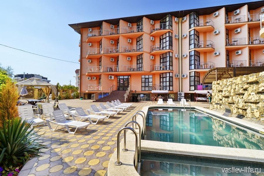 Отель «Плаза» в Анапе