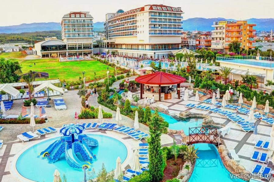 Отель Kahya Resort Aqua & Spa