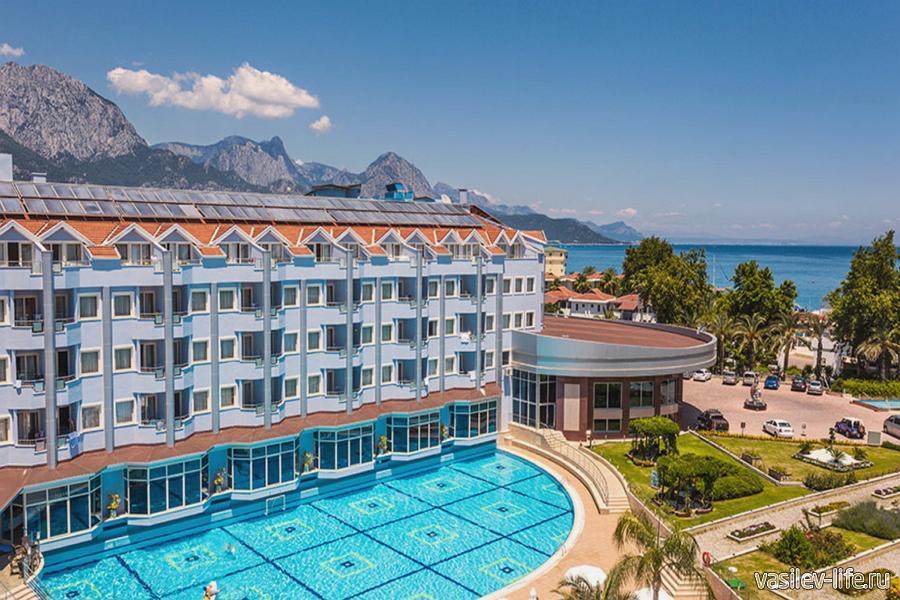Отель Rox Royal Hotel